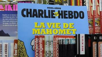 man who threatened charlie hebdo seller admits trying to join terrorists