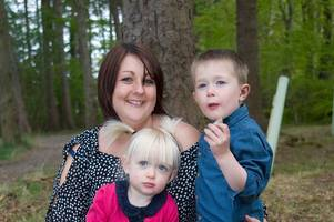 friends bid to give young mum with terminal cancer a dream family holiday