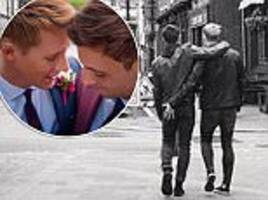 dustin lance black grabs new husband tom daley's rear