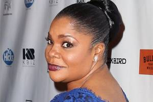 mo'nique trashes oprah, lee daniels and tyler perry in comedy sketch (video)