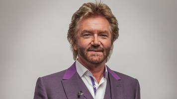 noel edmonds accuses lloyds of 'foot dragging' over hbos payouts