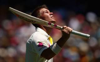 warner: pay dispute could plunge ashes into doubt
