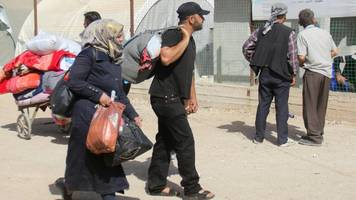 syria war: rebels evacuated from damascus stronghold