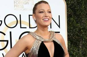 blake lively starring in new mma film with director originally attached to ronda rousey project