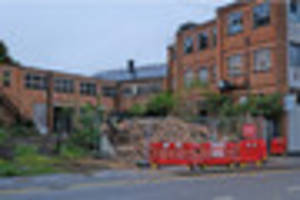 Derelict building in Long Street in Wigston demolished over fears...