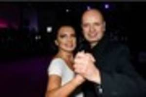 new strictly get dancing champion dedicates ballroom win to late...