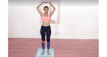 shilpa shetty kundra shows a yoga asana to relieve constipation and joint and muscle pain