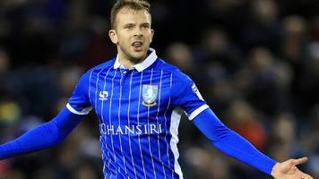 carlos carvalhal: sheffield wednesday boss defends jordan rhodes after penalty opt out