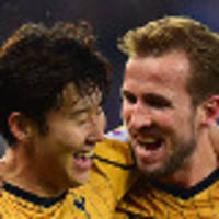 kane hits four as spurs rout leicester