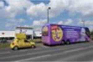 ukip general election battle bus arrives in hull with giant paul...
