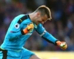 Crystal Palace & Newcastle transfer target Heaton happy at Burnley