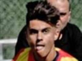 Manchester United 'sign' Arnau Puigmal - Who is he?