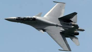 Chinese jets intercept US aircraft over East China Sea, US says