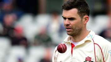 Lancashire v Yorkshire: James Anderson forced off as Red Rose edge day one
