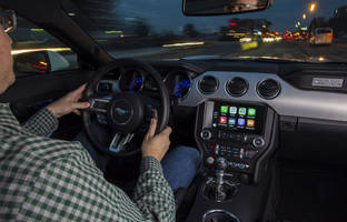 Ford adds Android Auto and CarPlay to its 2016 vehicles