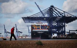 british exporters bounce back as sterling sweet spot takes hold