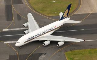 Singapore Airline hits turbulence as shares slump on surprise loss