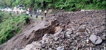 Uttarakhand: Rishikesh-Badrinath NH blocked due to landslide