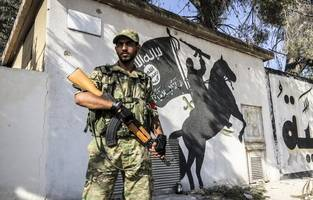 Turkey steps up training of Syrian opposition forces