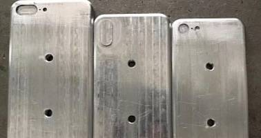 Supposed iPhone 8, iPhone 7s and iPhone 7s Plus Molds Revealed Side by Side