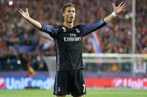 Cristiano Ronaldo leads Real Madrid to first La Liga title in 5 years, capping off dominant season