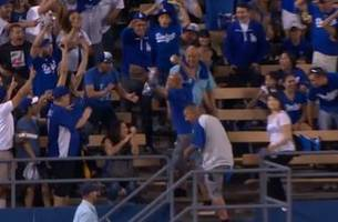 Lucky Dodgers fan catches two home runs in a single game
