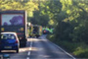 Brentwood Ingrave Road remains closed after earlier crash