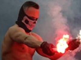masked spartak moscow let off flares and invade pitch