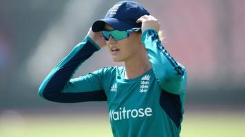 Women's World Cup 2017: Sarah Taylor returns to England squad