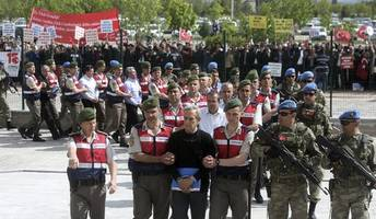 turkey opens trial of 220 alleged coup plotters