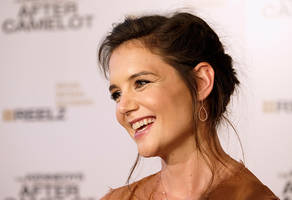katie holmes jamie foxx ready to go public, couple spotted in paris where tom cruise currently shoots