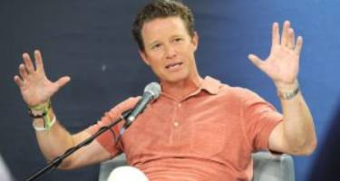 Billy Bush Wiki: Wife, Family, Net worth & 5 Facts to Know
