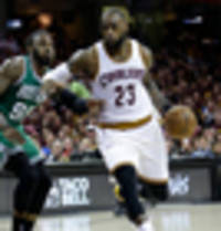 NBA: LeBron James silences reporter after probing question