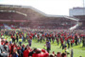 nottingham forest fan banned for city ground pitch invasion