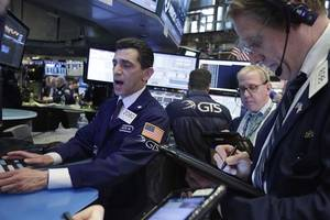 S&P 500, Dow Rise for Day Four as Trump White House Proposes Big Cuts