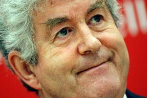 Rhodri Morgan refused to spruce up or dumb down but lived with authenticity