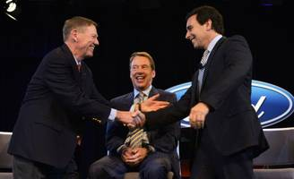 In Ford Shakeup, the Company Once Again Turns to an Outsider