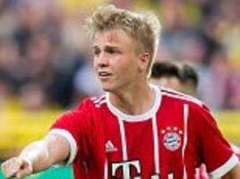 Felix Gotze signs professional contract with Bayern Munich