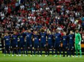 Manchester United pay tribute to terror attack victims