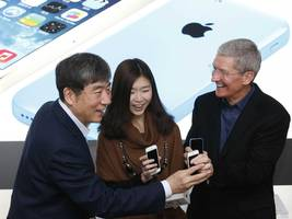 Apple's biggest problem is China, where iPhone sales may have fallen 20% (AAPL)