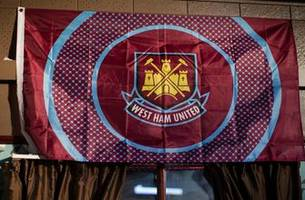 West Ham exec offers to help man who rushed to lend aid during Manchester attack