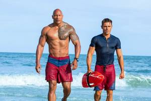 'baywatch' trailer retooled to look like original intro for 90s tv series (exclusive video)