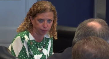 caught on tape: wasserman schultz threatens police chief for investigating her it staff's crimes