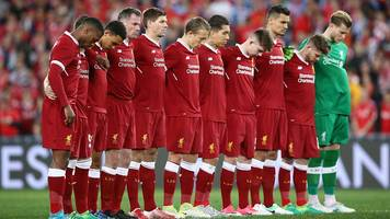 Manchester attack: Liverpool players pay respect to Manchester victims