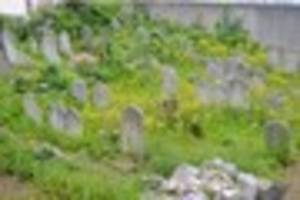 lost cemetery found thanks to google maps and a box of keys