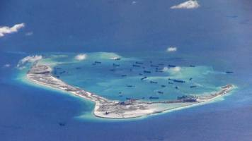 South China Sea: US warship sails close to disputed Mischief Reef