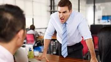 Worker tries to cope with bullying boss