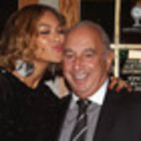 Sir Philip Green ponders rescue options for Topshop Australia