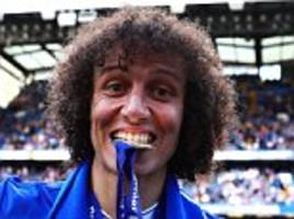 chelsea's luiz used to play as fabregas on the playstation
