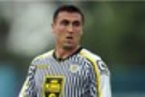 former derby county striker signs for new club